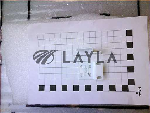 0021-04656//BRACKET SINGLE VALVE HTF/EPI GAS BOX CEN/Applied Materials/_01