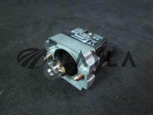 ZB2-BE101-A-Used/-/Contact Block, Ui: 600V, Uimp: 6kV, Nh: 10A AC 15 240V -3A, Light/TELEMECANIQUE/-_01