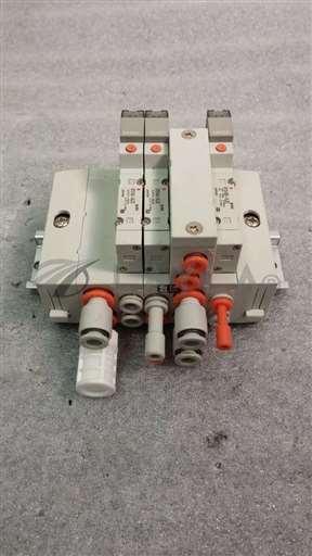 /-/SMC US21652 Manifold w/ 3 Solenoid Valves. 2-SY3140, 1-SY3140R//_01