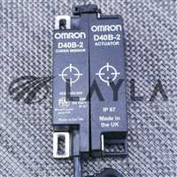 -/-/LOT OF 5 OMRON D40B-2 ACTUATOR whith D40B-2 CODED SENSOR/-/_02